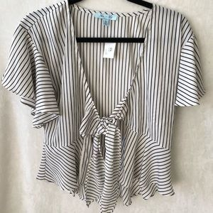 She and Sky Up Stripe Crop Top S